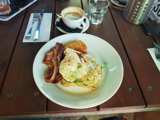 Guildford, Australia: 20180101_093037_large.jpg