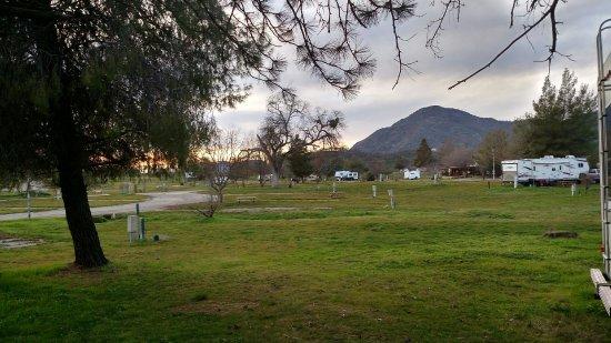 Dunlap, Калифорния: RV parking area