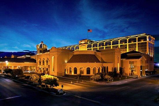 Suncoast Hotel and Casino: Exterior