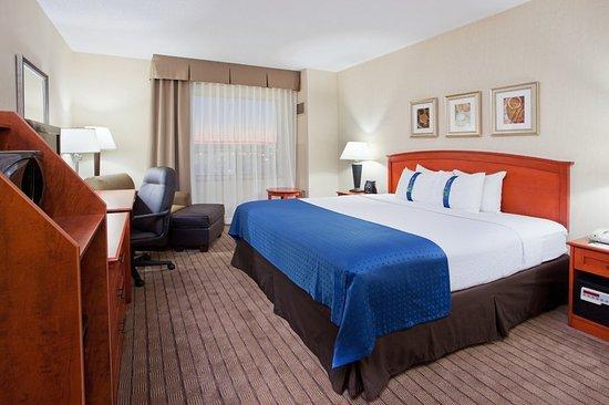 Guest Room Billede Af Holiday Inn Amp Suites Ottawa Kanata