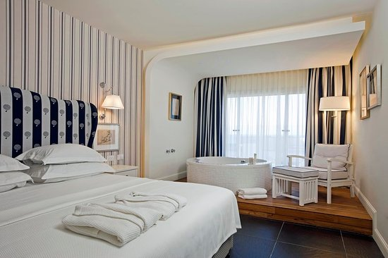 Shalom Hotel & Relax Tel Aviv - an Atlas Boutique Hotel: Guest room