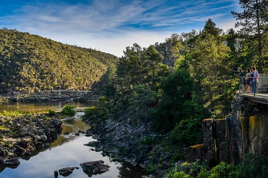 Walk Cataract Gorge