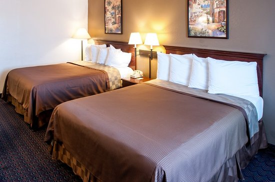 San Ysidro, CA: Guest room