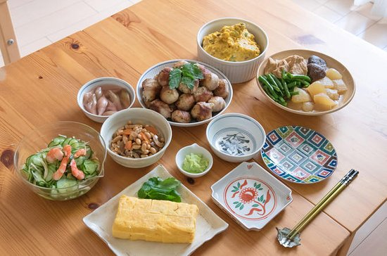 Tokyo Home Hands-On Private Cooking Class in with Local Host