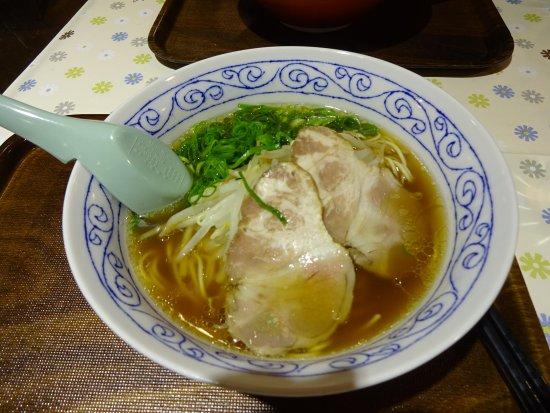 Kudamatsu, اليابان: 豚骨ではなく「牛骨」は珍しい!?