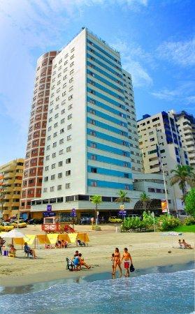Hotel Dorado Plaza: Exterior