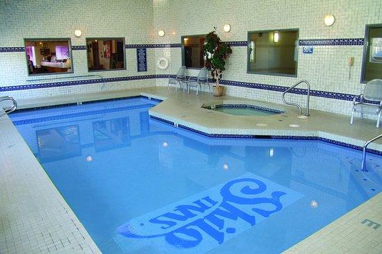 شيلو إن سويتس - سيسايد إيست: Pool