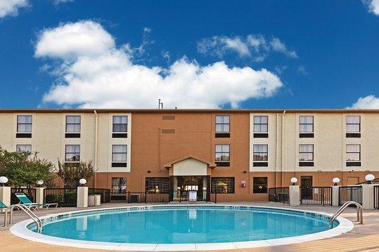 Denison, TX: Pool