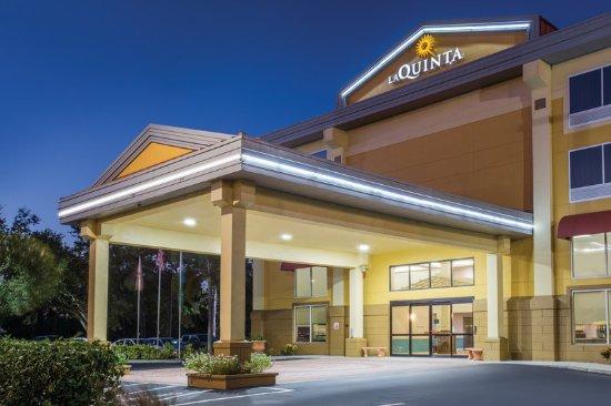 La Quinta Inn & Suites Sarasota I-75: Exterior