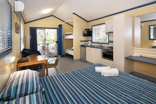 Hamelin Bay, Australien: Park Cabin with Ensuite interior