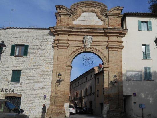 Porta Romana di San Gemini