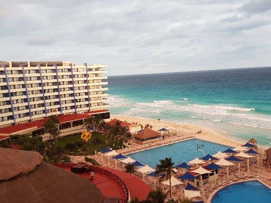 Crown Paradise Club Cancun: IMG-20180109-WA0032_large.jpg