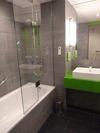 Atlantic Hotel: sehr sauber und freundliche Farbe
