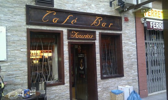 Cafe Bar Faustos
