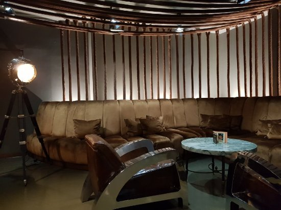 Hotel Teatro Porto: 20180111_211321_large.jpg