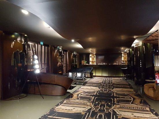 Hotel Teatro Porto: 20180111_193410_large.jpg