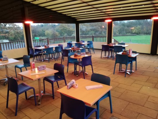 Farleigh Road Farm Shop: Our new Cafe Extension