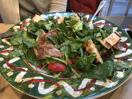 Stou Meidani: Salad (do not remember the name)