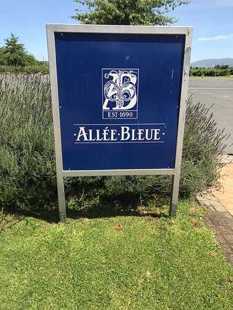 Allee Bleue: entrada da fazenda