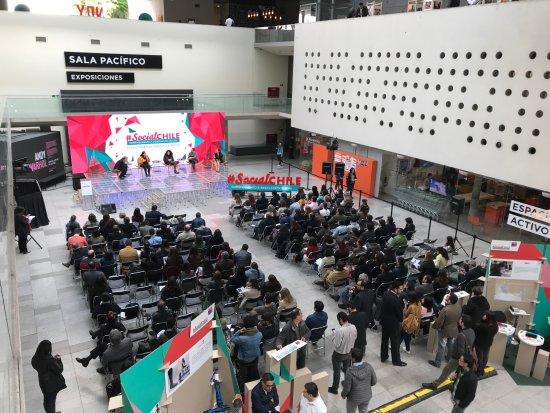 Centro Cultural Palacio de la Moneda y Plaza de la Ciudadania: En un eventos PYMES
