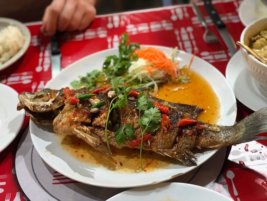 Koh Kaew Restaurant: Deep Fried Red Snapper