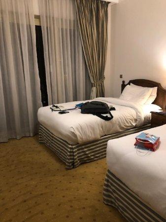 Hilton Cairo Zamalek Residences: Very roomy double room