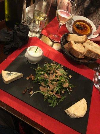 Restaurant le pique assiette dans lyon avec cuisine for Extra cuisine lyon