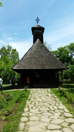 """Muzeul Naţional al Satului """"Dimitrie Gusti"""": Church"""
