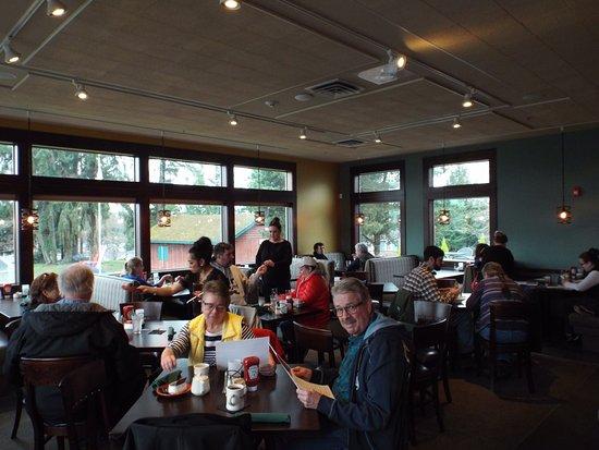 Kingston, WA: Main Dining Room