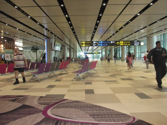 changi airport terminal 4 arrival area picture of dfs. Black Bedroom Furniture Sets. Home Design Ideas