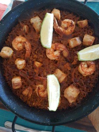 Jacqui O's BeachHouse: Authentic Andalusian black bottom seafood paella