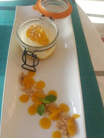 Jacqui O's BeachHouse: Mango tiramisú