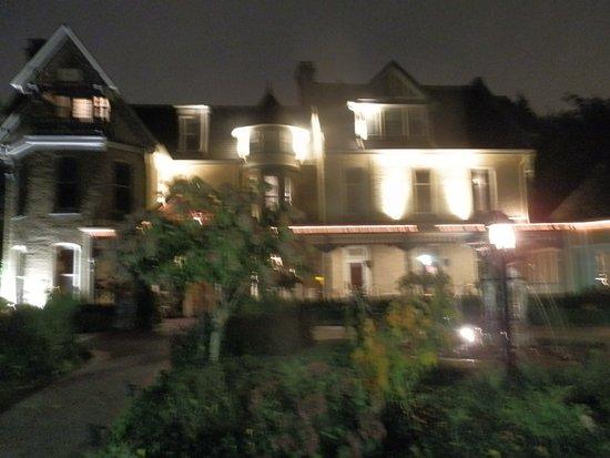 Idlewyld Inn & Spa Photo