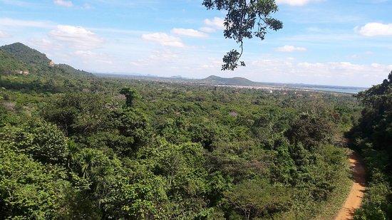 Max Discovery Cambodia