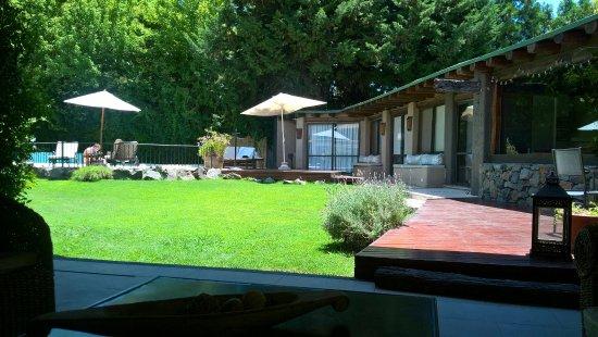 Lares De Chacras: Pool area