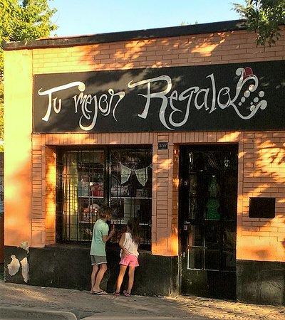 Lares De Chacras: Toy shop in Chacra
