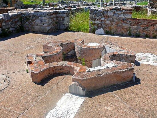 Filippi Archaeological Site: Αρχαία Πόλη Φιλίππων, Καβάλα