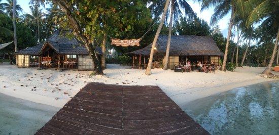 Motu Tu Vahine, Polinezja Francuska: Dining and bar