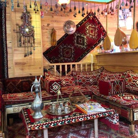 istanbul les clayes sous bois restaurant avis num ro de t l phone photos tripadvisor. Black Bedroom Furniture Sets. Home Design Ideas