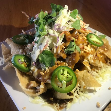 Wing Central's Roadhouse Grill : Shrimp scampi pasta, Thai nachos , pork potstickers