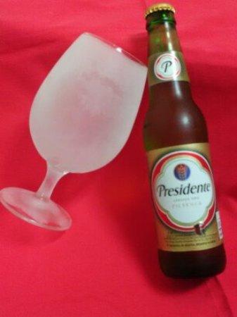 Linda-a-Velha, Portekiz: Cerveja dominicana Presidente