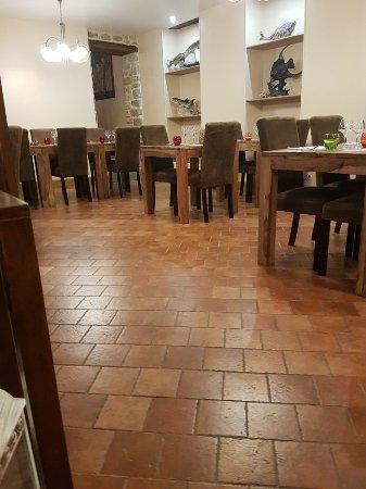 La Ferte Mace, France: 20180113_193303_large.jpg