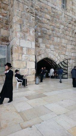 Klagemauer (Westmauer): Mur des lamentations