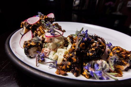 El Destilado: Octopus with salsa morita