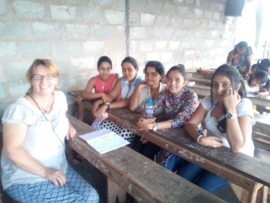 Kegalle, Sri Lanka: Conversation with school children