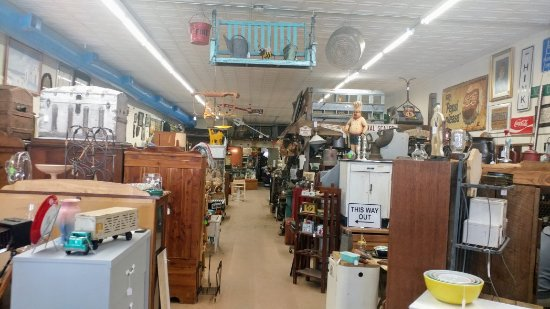 ‪Finders Keepers Antiques & Collectibles‬