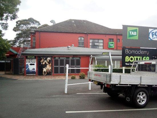 Bomaderry, Australia: dal parcheggio
