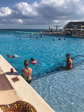 Crown Paradise Club Cancun: IMG-20180112-WA0020_large.jpg