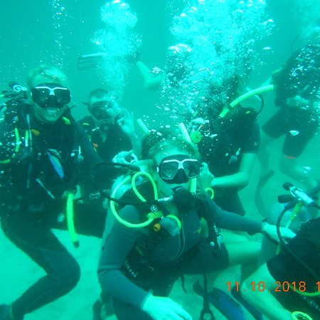 Ban's Diving Resort: photo2.jpg