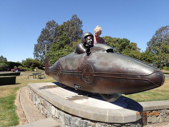 Burt Munro Statue